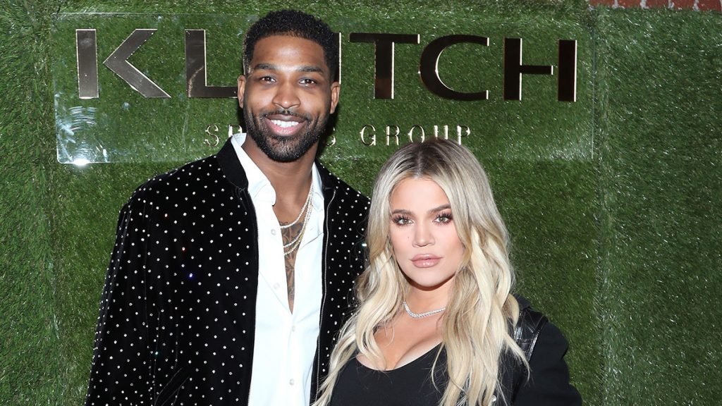 """LOS ANGELES, CA - FEBRUARY 17: Tristan Thompson and Khloe Kardashian attend the Klutch Sports Group """"More Than A Game"""" Dinner Presented by Remy Martin at Beauty & Essex on February 17, 2018 in Los Angeles, California."""