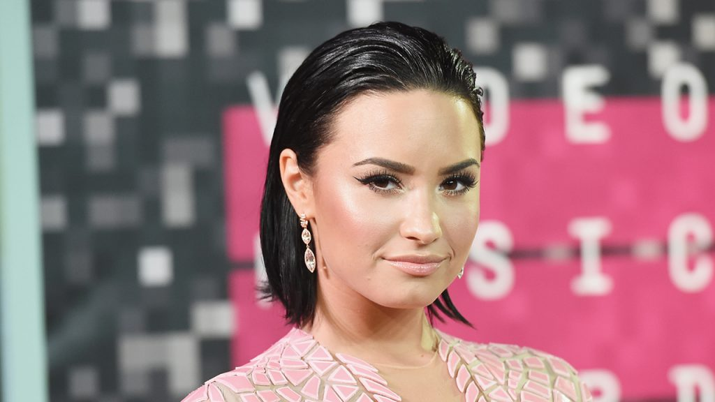 Demi Lovato attends the 2015 MTV Video Music Awards at Microsoft Theater on August 30, 2015 in Los Angeles, California. (Photo by Jason Merritt/Getty Images)
