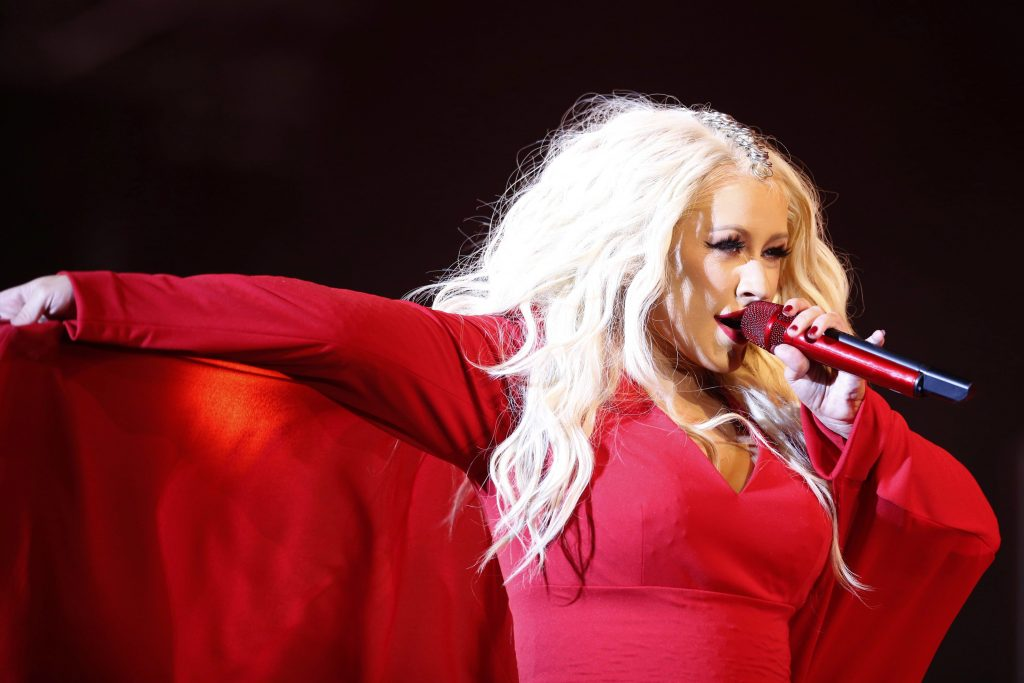 christina aguilara, american music awards, amas,